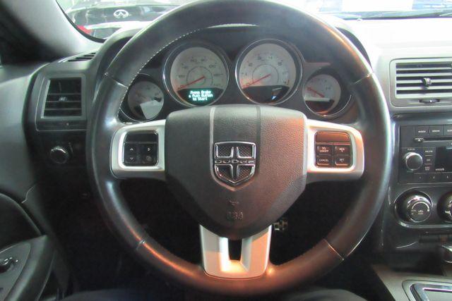 2012 Dodge Challenger SXT Chicago, Illinois 9