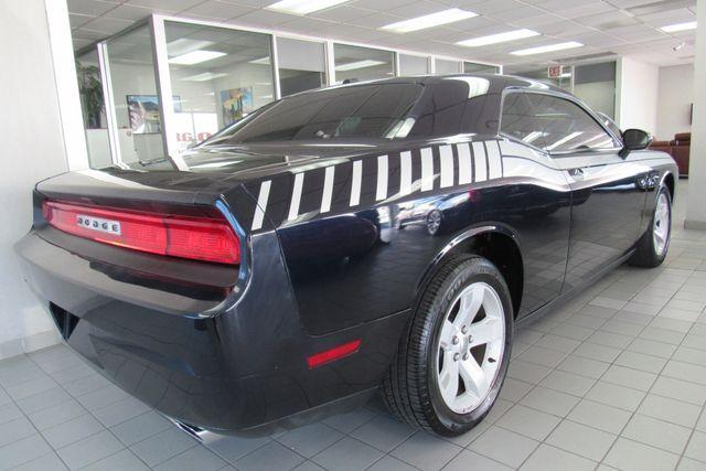 2012 Dodge Challenger SXT Chicago, Illinois 3