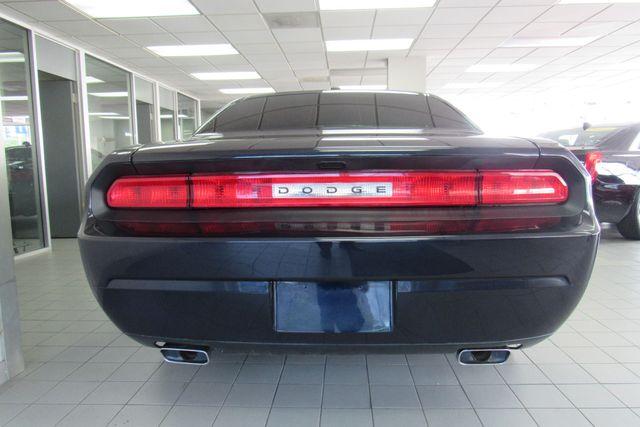 2012 Dodge Challenger SXT Chicago, Illinois 6