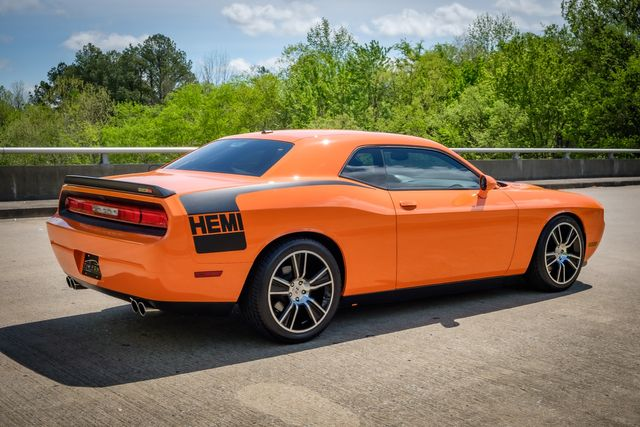 2012 Dodge Challenger R/T SUNROOF- 1 OWNER LOW MILES in Memphis, Tennessee 38115