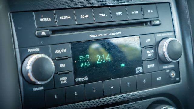 2012 Dodge Challenger SXT new tires upgraded 20s in Memphis, TN 38115