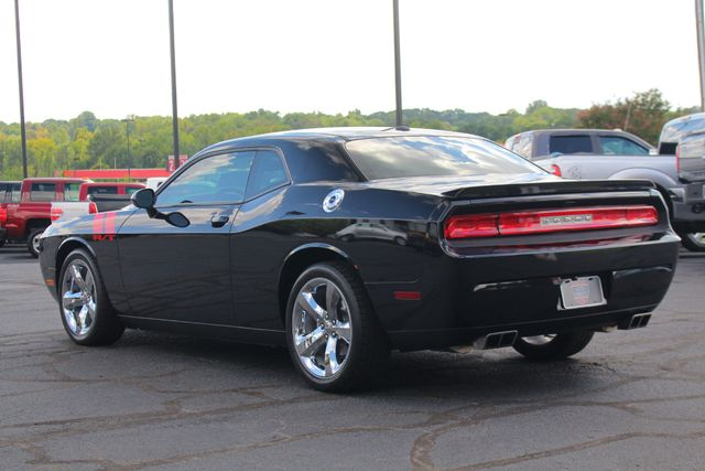 "2012 Dodge Challenger R/T RWD - LEATHER - 20"" WHEELS - 6SP MANUAL! Mooresville , NC 27"