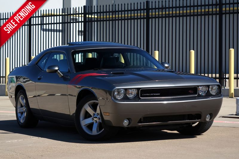 2012 Dodge Challenger R/T Plus* Manual* Sunoroof* Only 73k mi*  | Plano, TX | Carrick's Autos in Plano TX