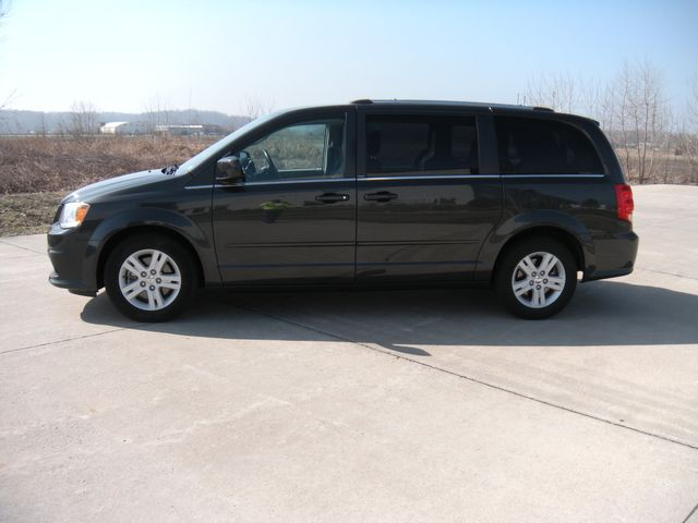 2012 Dodge Grand Caravan Crew Chesterfield, Missouri 3