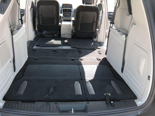 2012 Dodge Grand Caravan Crew Chesterfield, Missouri 20