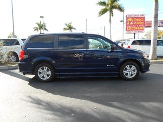 2012 Dodge Grand Caravan Crew Wheelchair Van Handicap Ramp Van Pinellas Park, Florida 2