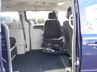 2012 Dodge Grand Caravan Crew Wheelchair Van Handicap Ramp Van Pinellas Park, Florida 7