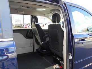 2012 Dodge Grand Caravan Crew Wheelchair Van Handicap Ramp Van Pinellas Park, Florida 9