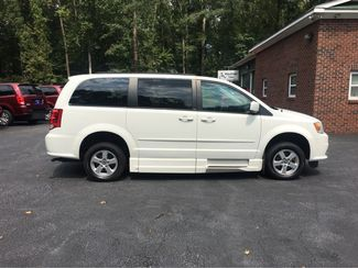 2012 Dodge Grand Caravan SXT handicap wheelchair accessible van Dallas, Georgia 17