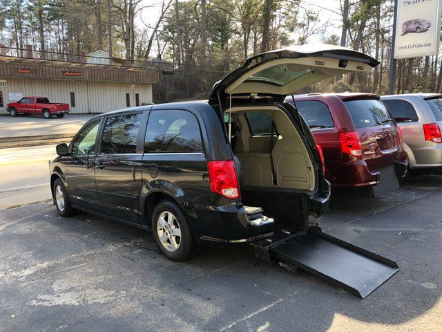 2012 Dodge Grand Caravan Crew handicap wheelchair accessible