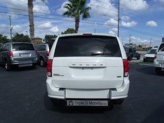 2012 Dodge Grand Caravan Sxt Wheelchair Van Handicap Ramp Van DEPOSIT Pinellas Park, Florida 4