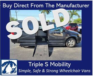 2012 Dodge Grand Caravan Sxt Wheelchair Van Handicap Ramp Van in Pinellas Park, Florida 33781