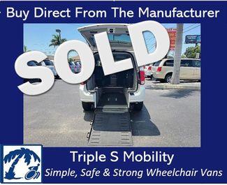 2012 Dodge Grand Caravan Sxt Wheelchair Van Handicap Ramp Van in Pinellas Park, Florida 33781