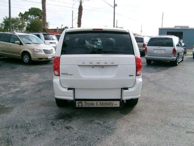 2012 Dodge Grand Caravan Sxt Wheelchair Van Pinellas Park, Florida 4