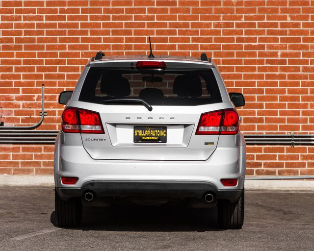 2012 Dodge Journey SXT Burbank, CA 5