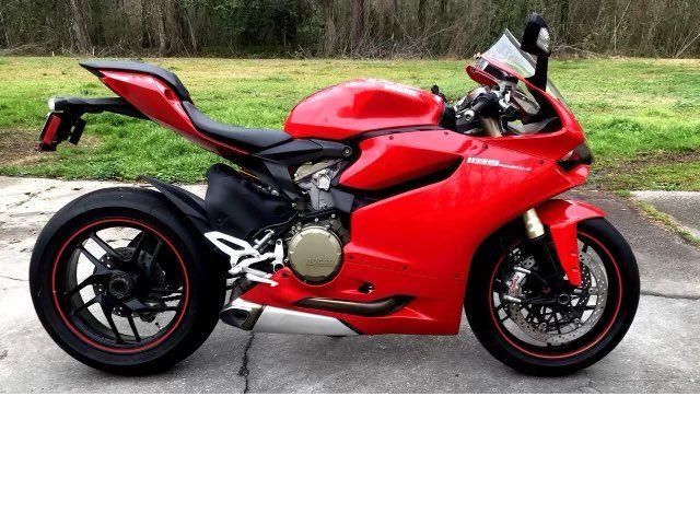 2012 Ducati Superbike 1199 Panigale