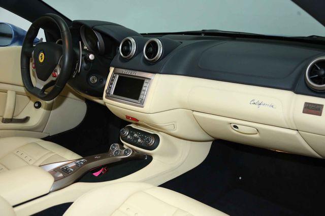 2012 Ferrari California Houston, Texas 16