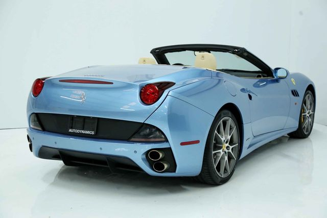 2012 Ferrari California Houston, Texas 11