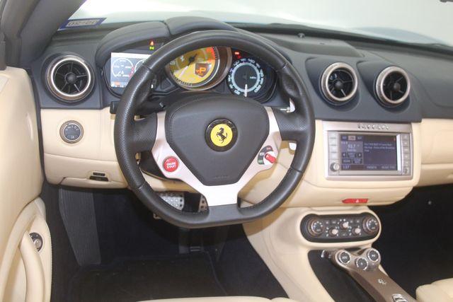 2012 Ferrari California Houston, Texas 26