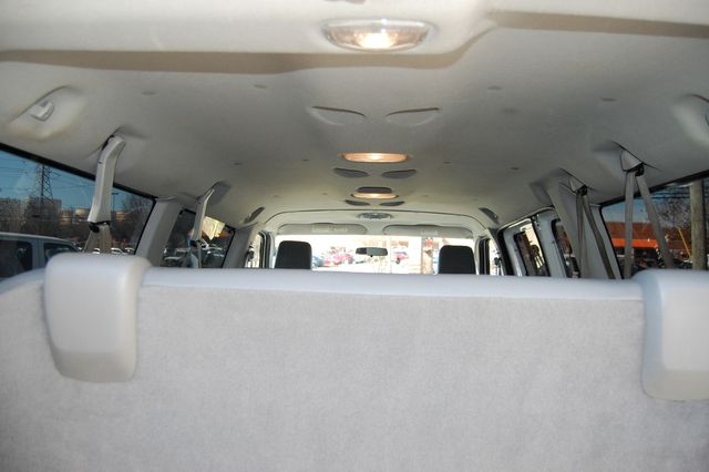 2012 Ford 12 Pass.  XL Charlotte, North Carolina 13