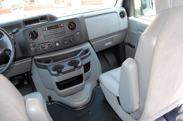 2012 Ford 12 Pass. XL Charlotte, North Carolina 15