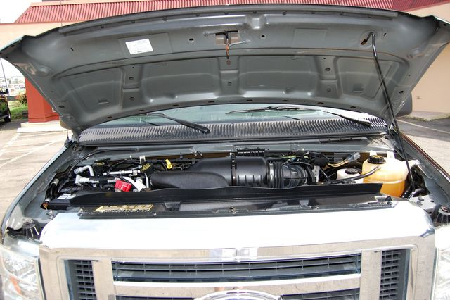 2012 Ford 15 Pass. Dually Charlotte, North Carolina 18