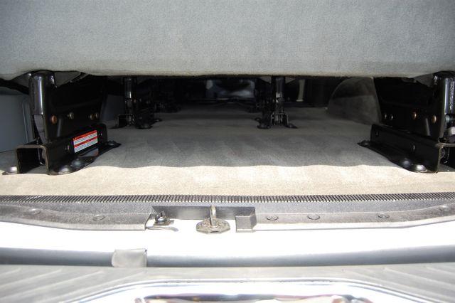 2012 Ford 15 Pass. XLT Charlotte, North Carolina 12