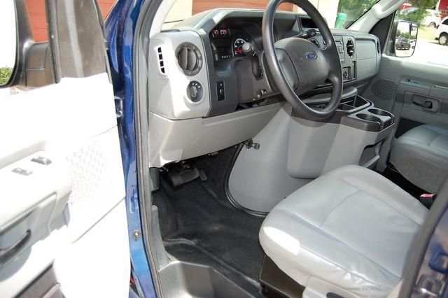 2012 Ford 15 Pass. XL Charlotte, North Carolina 5