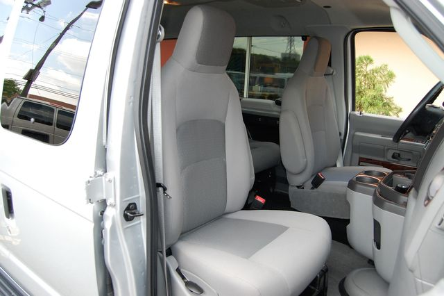 2012 Ford 8 Pass. TV / DVD Charlotte, North Carolina 7