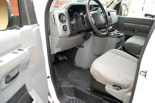 2012 Ford E-250 Cargo Van Charlotte, North Carolina 4