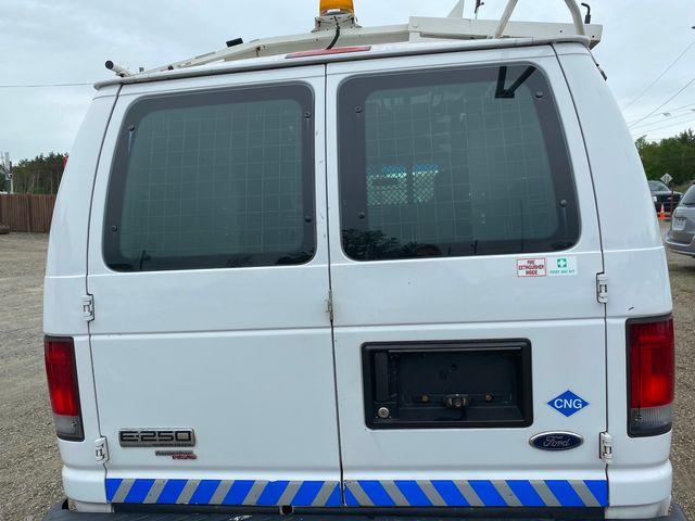 2012 Ford E-Series Cargo Van Recreational Hoosick Falls, New York 3