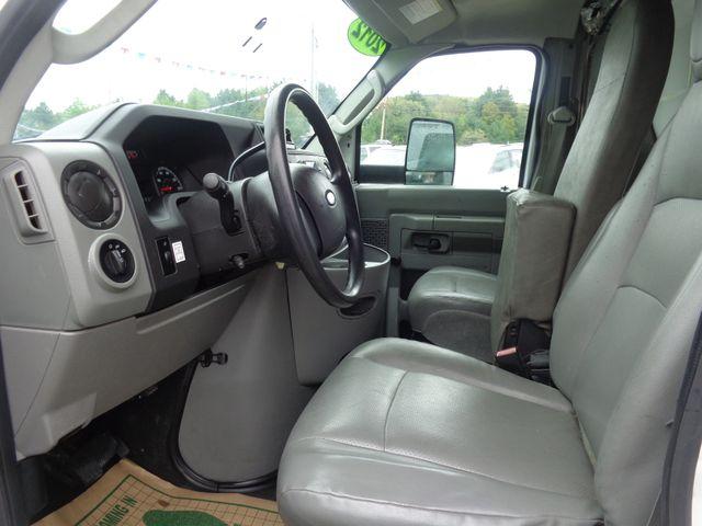 2012 Ford E-Series Cutaway Hoosick Falls, New York 4