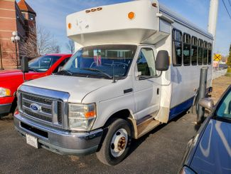 2012 Ford E-Series Cutaway Equipped with handicap lift Maple Grove, Minnesota 1