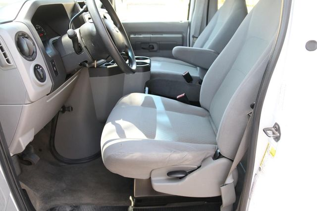 2012 Ford E-Series Wagon XLT Santa Clarita, CA 7