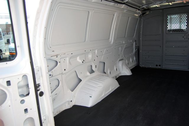 2012 Ford E150 Cargo van Charlotte, North Carolina 13