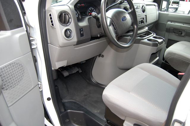 2012 Ford E150 Cargo van Charlotte, North Carolina 4