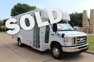 2012 Ford E350 13 Passenger Low Miles Elkhart Coach Shuttle Bus W/Lift Irving, Texas