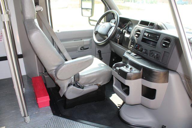2012 Ford E350 13 Passenger Low Miles Elkhart Coach Shuttle Bus W/Lift Irving, Texas 10