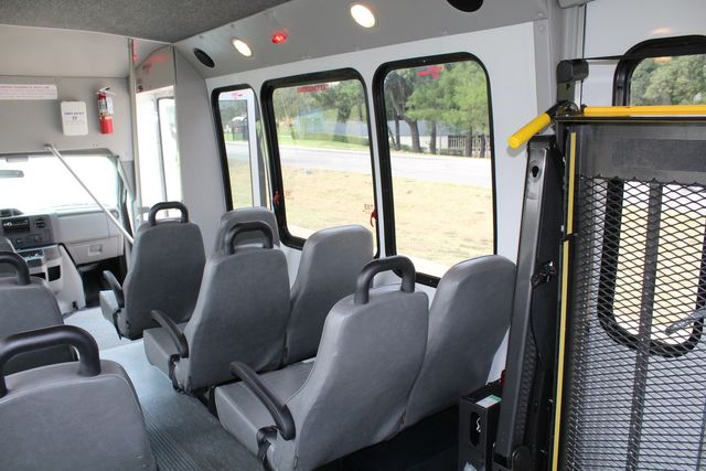 2012 Ford E350 13 Passenger Low Miles Elkhart Coach Shuttle Bus W/Lift Irving, Texas 17