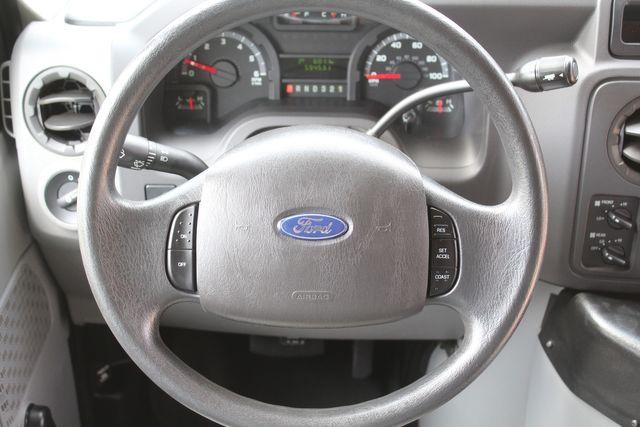 2012 Ford E350 13 Passenger Low Miles Elkhart Coach Shuttle Bus W/Lift Irving, Texas 25