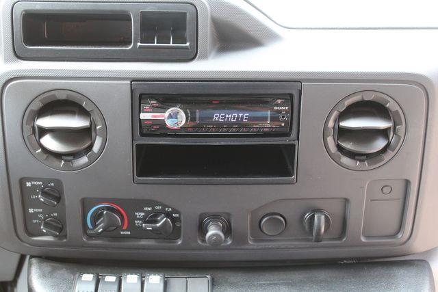 2012 Ford E350 13 Passenger Low Miles Elkhart Coach Shuttle Bus W/Lift Irving, Texas 30