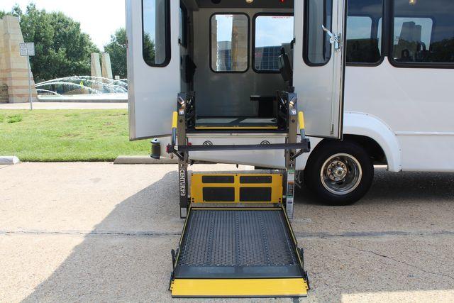 2012 Ford E350 13 Passenger Low Miles Elkhart Coach Shuttle Bus W/Lift Irving, Texas 52