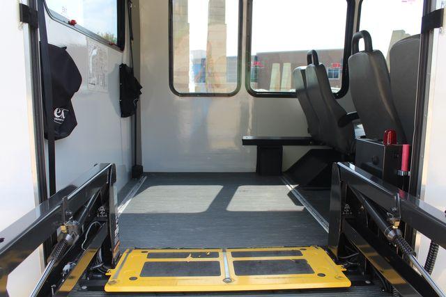 2012 Ford E350 13 Passenger Low Miles Elkhart Coach Shuttle Bus W/Lift Irving, Texas 53