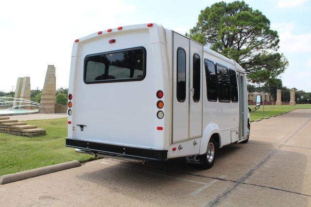 2012 Ford E350 13 Passenger Low Miles Elkhart Coach Shuttle Bus W/Lift Irving, Texas 6
