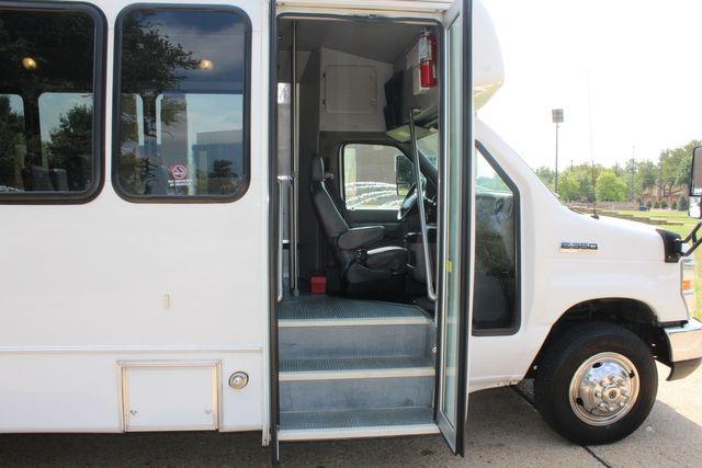 2012 Ford E350 13 Passenger Low Miles Elkhart Coach Shuttle Bus W/Lift Irving, Texas 8