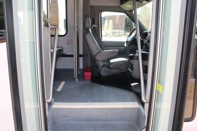 2012 Ford E350 13 Passenger Low Miles Elkhart Coach Shuttle Bus W/Lift Irving, Texas 9