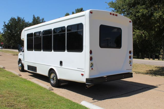2012 Ford E450 15 Passenger Low Miles Starcraft Shuttle Bus  W/ 5 Wheelchair Spaces Irving, Texas 6