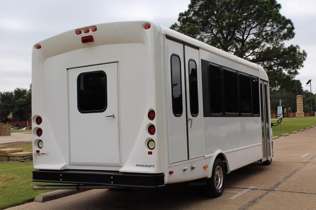 2012 Ford E450 21 Passenger  Starcraft Shuttle Bus W/ Wheelchair Lift Irving, Texas 9