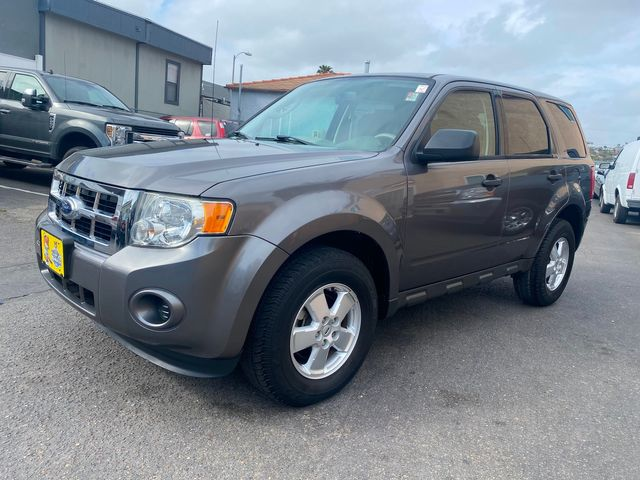 2012 Ford Escape XLS - 2.5L 4CYL Mini SUV - 1 OWNER, NO ACCIDENTS, CLEAN TITLE, W/ ONLY 48K