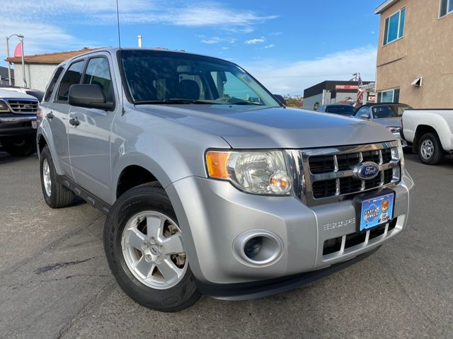 2012 Ford Escape XLS - Automatic, 2.5L. 4-Cyl, FWD, Mini SUV 1 OWNER, CLEAN TITLE, NO ACCIDENTS, 84,000 MILES